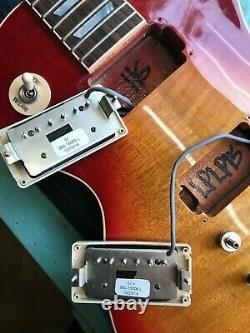 Gibson Les Paul Less Plus 2015 electric guitar, gold case, fabulous, new strings